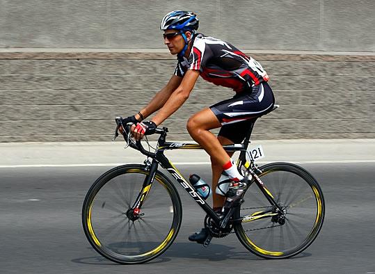 Male Cyclists Should Get A Leg Wax